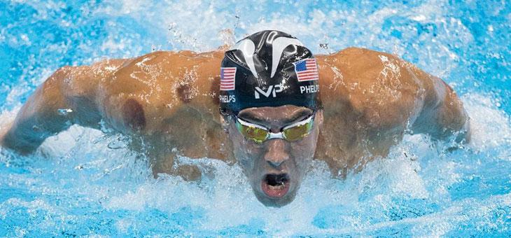 Costumi per i nuotatori professionisti sono sempre più hi tech